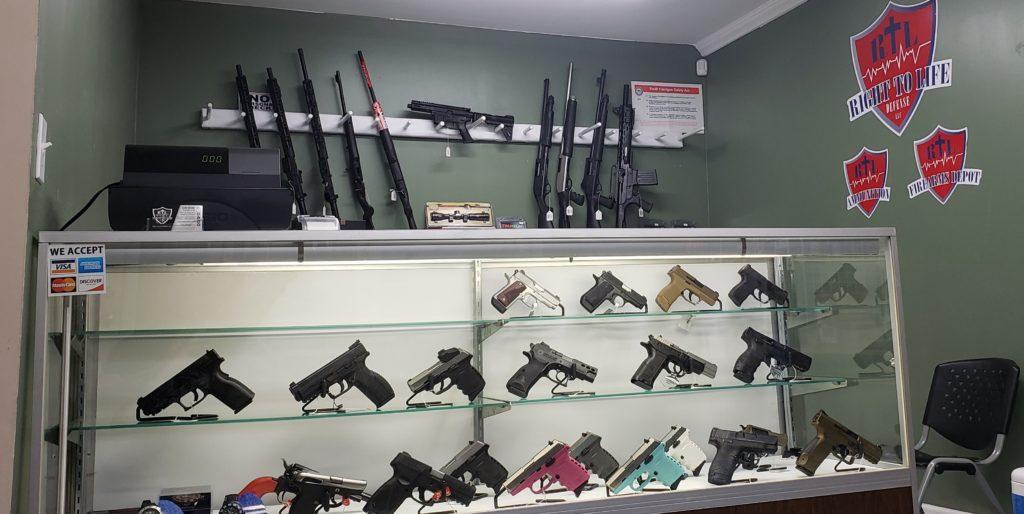 RTL Defense gun case rifles guns interior view
